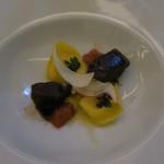 89602326 - タレッジョチーズのカペレッティ 牛頬肉の煮込み添え2