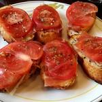 89609439 - サクッとしたパンに生ハムとトマトの酸味が絶妙にマッチ♪(* ´ ▽ ` *)こりゃ旨い!