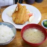 せきの - 地あじフライ定食¥1000