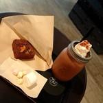 サタデイズ チョコレート ファクトリー カフェ - 注文の品、揃いました!