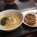 ラーメン茶湖 - 料理写真: