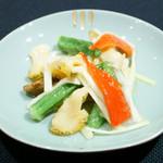 メゾン・ド・ユーロン - 真つぶ貝と季節野菜の岩塩炒め