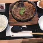 スギモト牛鍋店 - 尾張牛すき鍋セット 1,880円