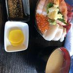 89631247 - 海鮮丼¥1.200円