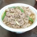坂根食堂 - 料理写真:肉うどん