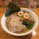 秋葉原ラーメン天神屋 - 醤油ラーメン(大盛)