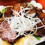 ステーキハウス K - 脂身の少ないフィレ肉は、暑い夏にぴったり。