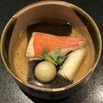 東京肉割烹 西麻布 すどう - 金目鯛と利尻の海の潮煮