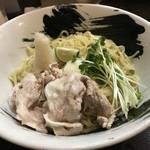 麺屋彩々 - 豚しゃぶおろし冷やしぶっかけ(900円)