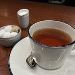 ビステッケリア エノテカ イル モーロ - ビステッケリア エノテカ イル モーロ(東京都中央区銀座)紅茶