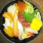 焼肉金次郎 - 料理写真:1Fふじ幸寿司の上生ちらし \1370円