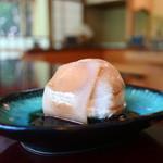 松籟庵 - 豆腐アイスの生八つ橋添え 黒蜜がけ