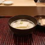 おが和 - 冬瓜の鮑出汁のお椀 とろろ仕立て