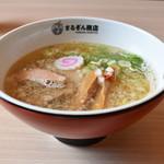 まるぎん商店 - 煮干しソバ(塩)