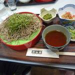 湖仙荘 - 料理写真:ざるそば大盛