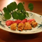 89660736 - 鱧炙り寿司と鮪の寿司