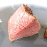89661547 - HIGH & LOWステーキ -25℃で戻した八千代牛のステーキ