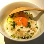 焼き鳥 まんげつ - 高級卵の卵かけご飯290円