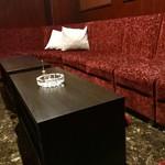 Sweets&bar Mont Pignon - ボックス席(8〜10名)