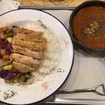 野菜を食べるBBQカレーcamp - BBQチキンカレー(粗挽きスパイシー)