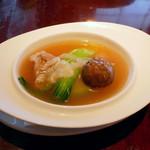 大傳梅梅 - (撮影 20180722)フカヒレはあまり入ってないけど、まあスープは美味しい。