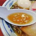 89670117 - スープは澄んだ鶏ガラ醤油