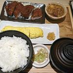 串揚げ いちまる 川崎アゼリア店 - 豚たれカツ膳(出汁巻き)