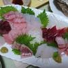 富山県氷見漁港直送 山本鮮魚店 - 料理写真: