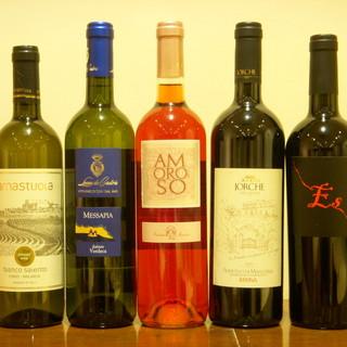 厳選された豊富なプーリアワイン