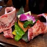 上杉 - 料理写真:1本カルビランチ(1580円) 肉アップ