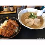 なかむら - ラーメン定食¥800