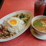 タイ・ベトナム料理の店 アジアの味 - ランチセットA+トムヤンクンです