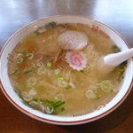 関所食堂 - 塩ラーメン大盛り \550