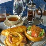 ラパン手作りケーキの店 - 料理写真:ランチテーブル