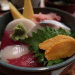 蛇の目寿司 - 特盛半々セット(ランチ握り一人前と半チラシ)1500円