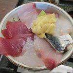 魚屋 魚八 - 海鮮丼(大盛り)アップ2018.07.23