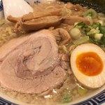 麺家くさび - 炊出豚骨醤油麺