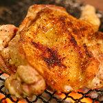 朝引き鶏と焼酎 ぼっけもん - 期間限定の霧島鶏骨付きももの炭火焼