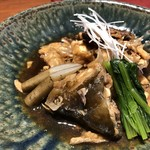 博多割烹 凜屋 - あらだきは「カンパチ」と「鯛」のミックス。甘辛いお味付で好みですが、もう少し身が欲しいところ。(^^;)