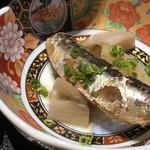 博多割烹 凜屋 - 鰯の煮物・・よく煮こまれていて骨まで柔らかく美味しい。