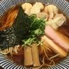 中華soba いそべ - 料理写真:黒旨 特製ワンタン麺 大盛