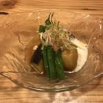 旬味 鮮心 魚屋 富重 - 庄内三丸茄子 モロッコインゲン揚浸し