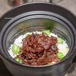 89719004 - 和牛しぐれ煮とじゃこ、空豆・タケノコの土鍋ご飯