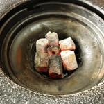 焼肉 牡丹園 - 六角形の炭使用