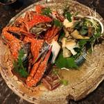 89723179 - 宇和島の渡り蟹❣️&蒸した高知県産のアワビ