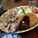 松の家 - 本日のメイン 焼き肉とコロッケ