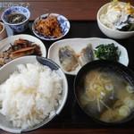 AK+ - お魚定食