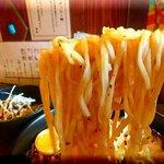 麺処 メディスン麺 - フォーに近い麺