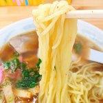 中華そば 駒鳥 - 麺のアップです。(2018.7 byジプシーくん)