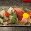 鮨処よし田 - 料理写真:お造り盛り合わせ